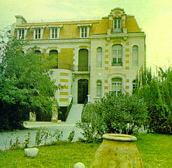 GIAKO MODIANO MANSION
